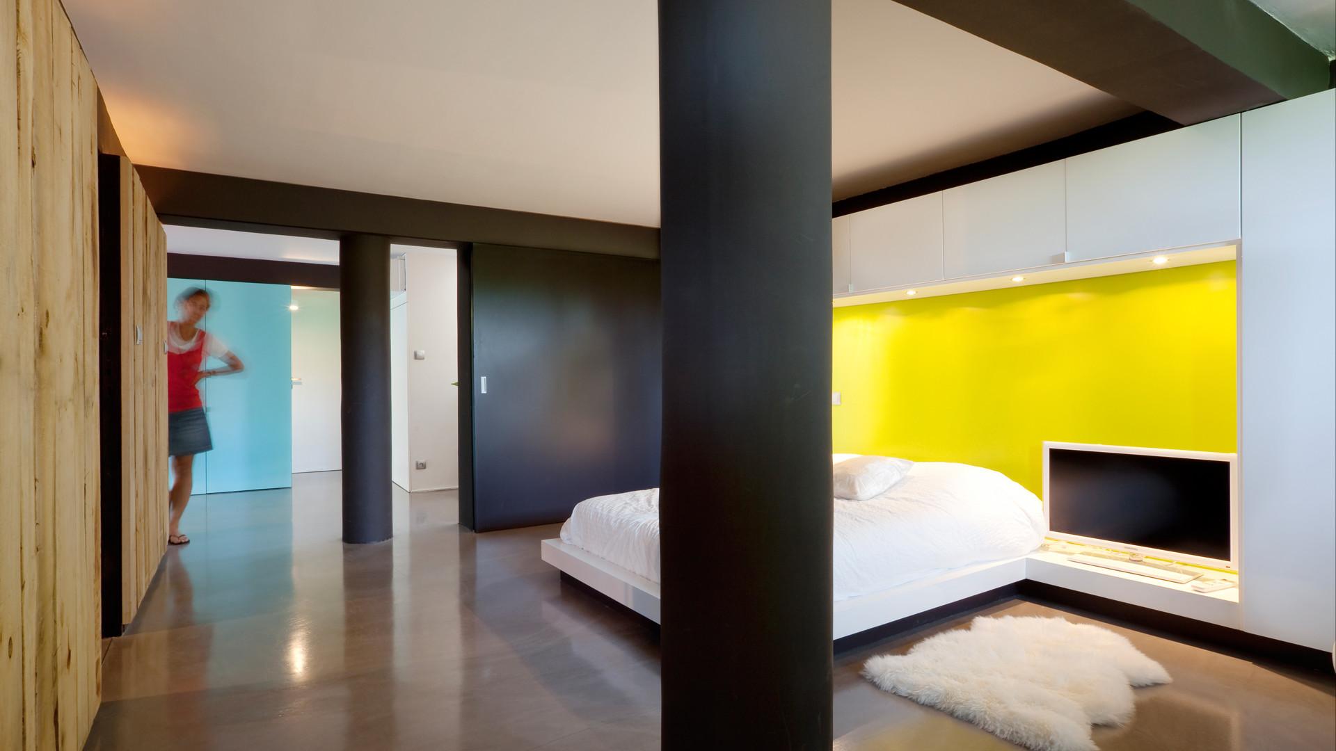 B Floor 11